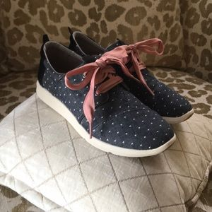 TOMs polka dot sneakers